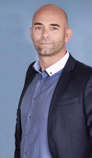 Coach Paul Hesse