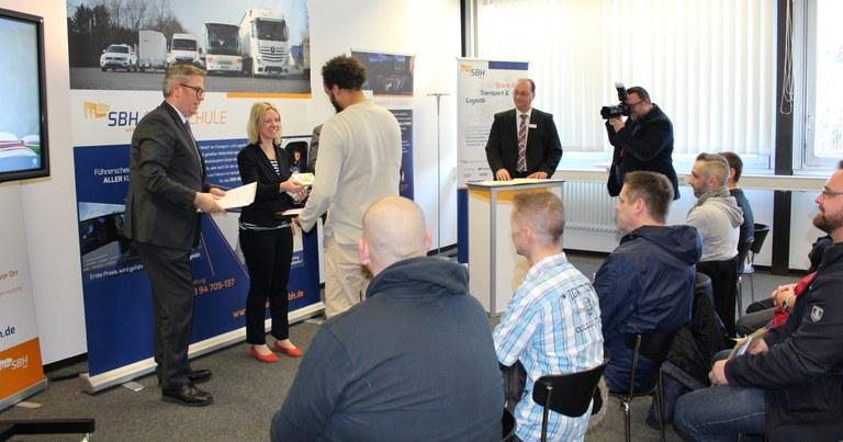 Erste Absolventen des Pilotprojektes in Wesel