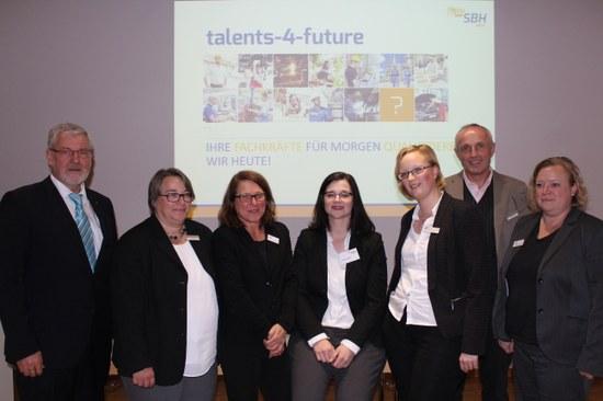"""""""talents-4-future"""": Modellprojekt gegen den Fachkräftemangel gestartet"""